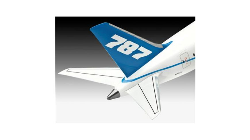 Revell 04261 Boeing 787 8 Dreamliner