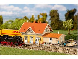 Faller 212117 N Kleinstadtbahnhof Sonnenbuehl