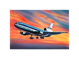 Revell 04211 McDonnell Douglas DC 10
