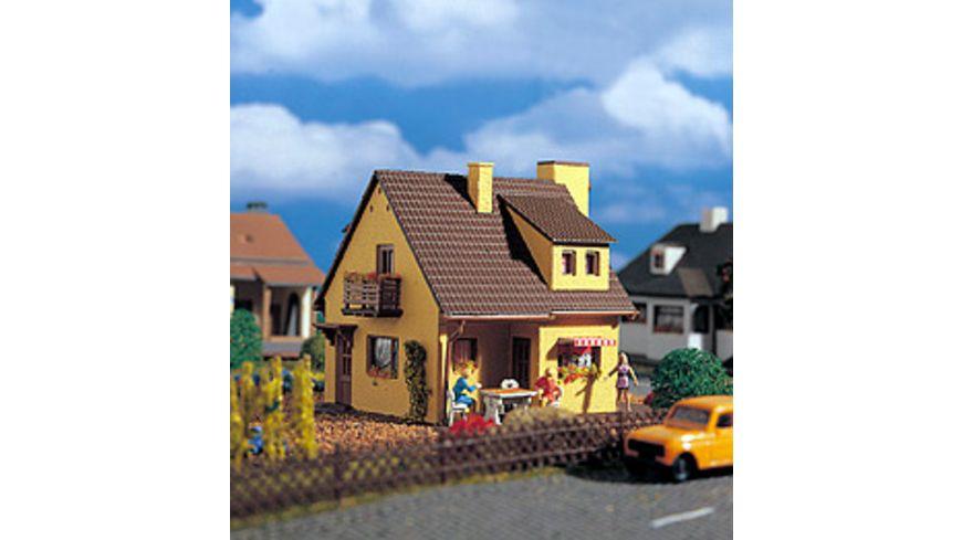 VOLLMER 49217 H0 Wohnhaus