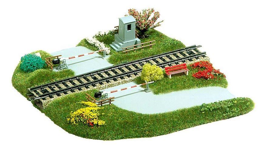 Busch 3210 Modellbahnzubehoer Bahnuebergang