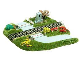 Busch Modellbahnzubehoer Bahnuebergang
