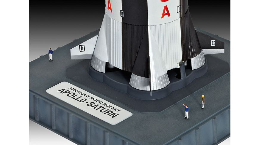 Revell Apollo Saturn V