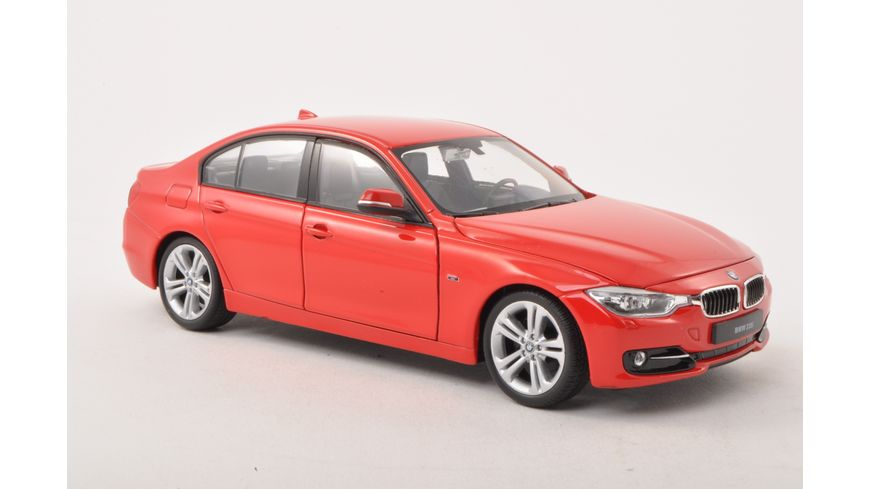 Welly 1 24 BMW 335i F30 rot