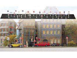 Busch Modellbahnzubehoer Verkehrszeichen Strassennamen