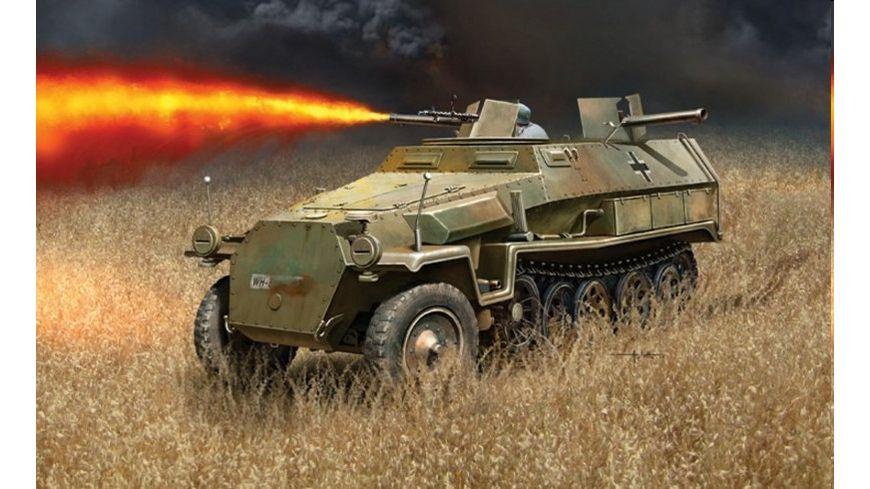 Italeri 7067 Militaerfahrzeuge 1 72 Sd Kfz 251 16 Flammpanzerwagen