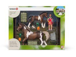 Schleich Horse Club Playsets Pferdefuetterung Trakehner