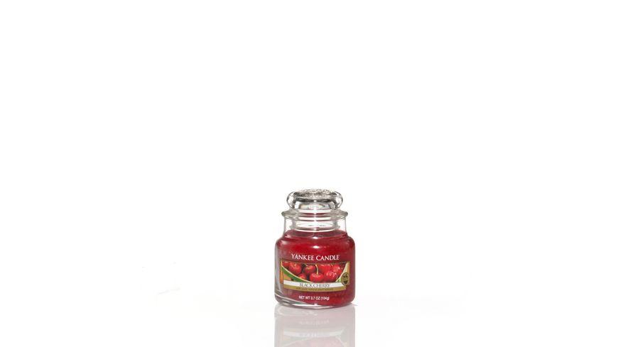 YANKEE CANDLE Kleine Duftkerze im Glas Black Cherry