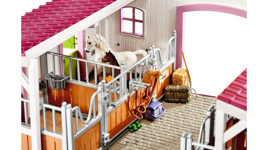 Schleich 42344 Horse Club Reiterhof mit Reiterin und Pferden