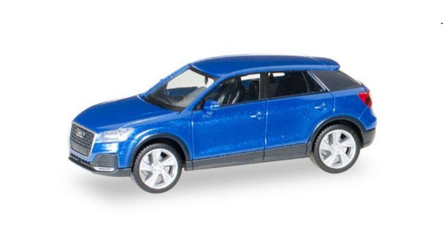 Herpa 038676 Audi Q2 tangorot metallic