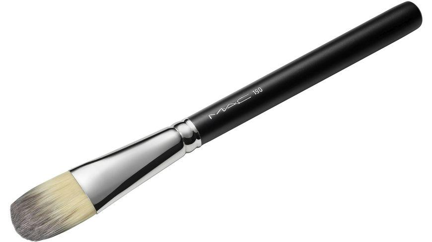 MAC Foundation Brush