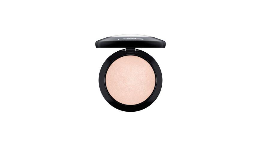 MAC Mineralize Skinfinish Powder