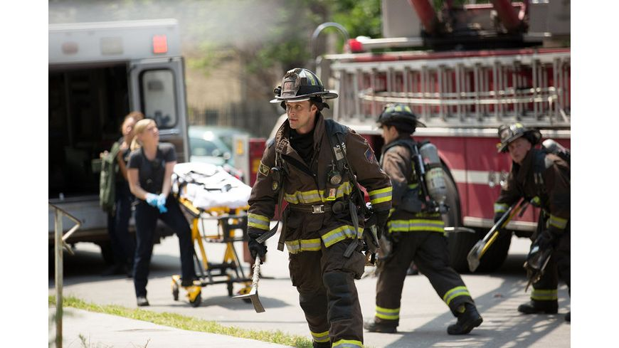 Chicago Fire Staffel 4 6 DVDs