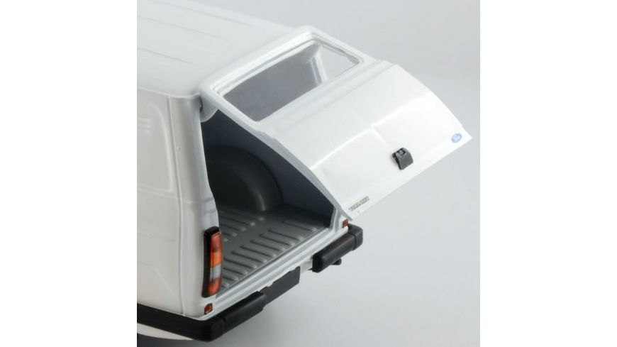 Italeri 3687 Ford Transit Mk II Auto Bausatz 1 24