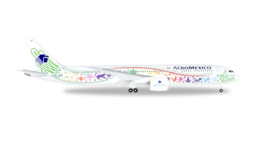 Herpa 530415 Wings Aeromexico Boeing 787 9 Dreamliner Quetzalcoatl XA ADL