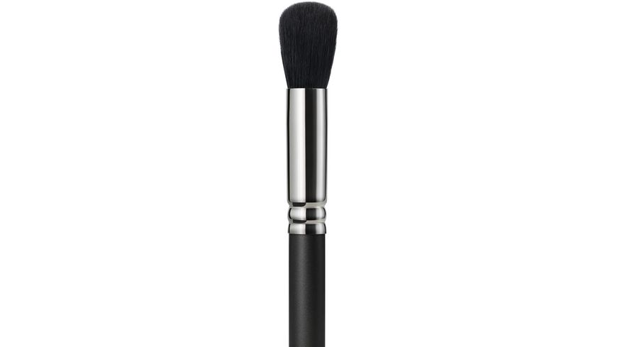 MAC 109S Small Contour Brush