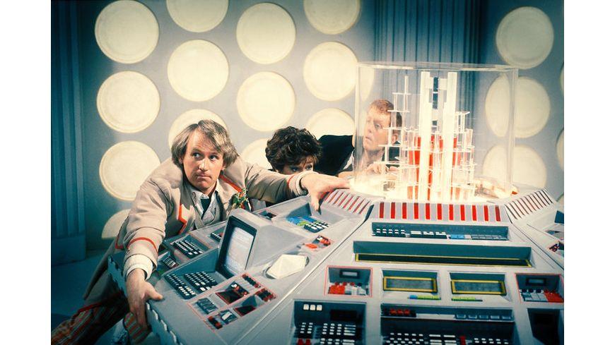 Doctor Who Fuenfter Doktor Die Auferstehung der Daleks 2 DVDs