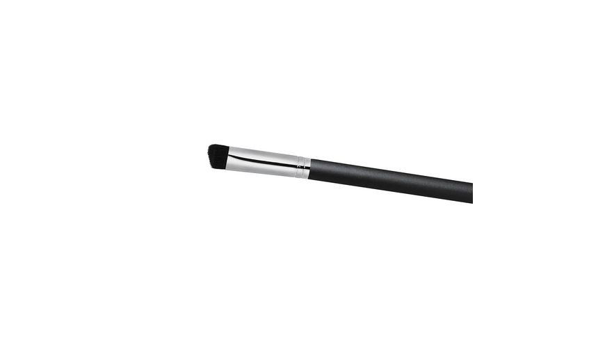 MAC Triangular Concealer Brush