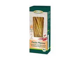 BioGourmet Pasta Pfanne Fettuccine mit Wuerzsauce Knoblauch Peperoncino