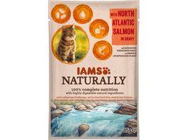 IAMS Naturally Katzennassfutter mit Lachs