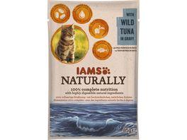 IAMS Naturally Katzennassfutter mit Thunfisch