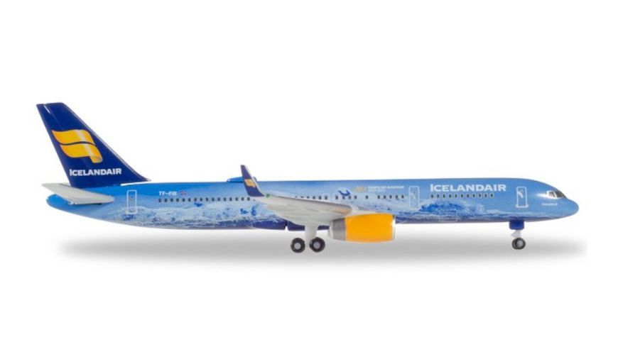 Herpa 531108 Icelandair Boeing 757 200 80 Years of Aviation TF FIR Vatnajoekull