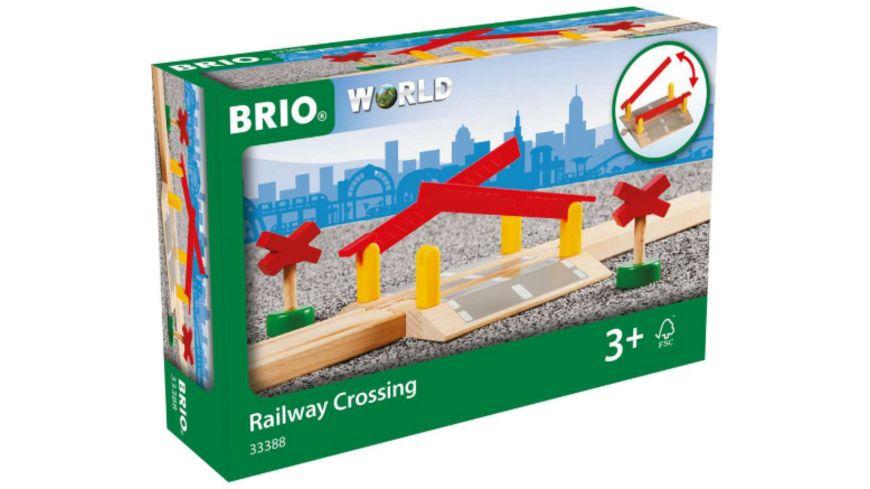 BRIO Bahn Bahnuebergang