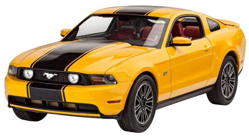 Revell 7046 2010 Ford Mustang GT