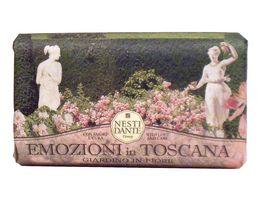 NESTI DANTE Emozione in Toscana Giardino fiorito