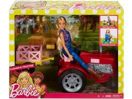 Barbie Baeuerin Puppe und Traktor Spielset