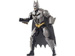 Mattel DC Batman Deluxe Batman Figur mit Mega Ausruestung und Geraeuschen 30 cm