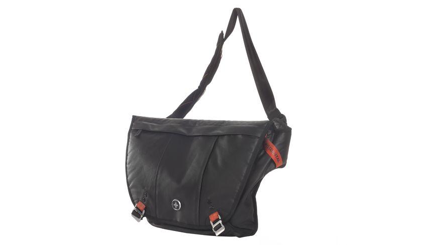SWISSDIGITAL Messenger Backpack