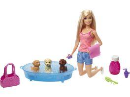 Barbie mit Hundebad