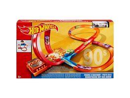 Mattel Hot Wheels Rennstrecke mit 8er Kurve