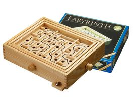 Philos Labyrinth gross
