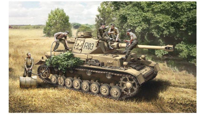 Italeri 510006548 1 35 Pz Kpfw IV Ausf F1 F2 G Early crew