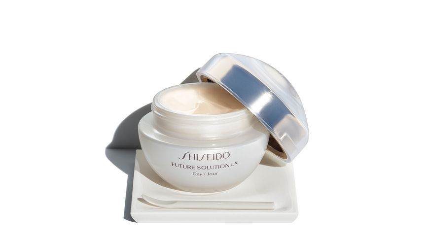 SHISEIDO Future Solution LX Total Protective Cream SPF20