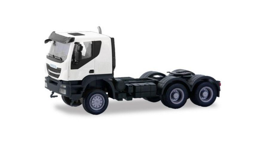 Herpa 310529 Iveco Trakker Zugmaschine 6 6 weiss