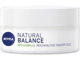 NIVEA Natural Balance Reichhaltige Tagespflege mit Bio Kamille