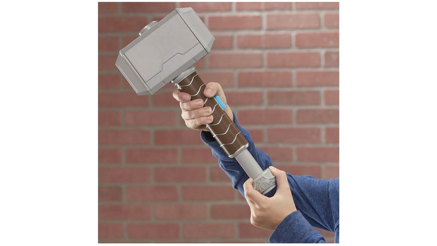 Hasbro Avengers Power Moves Role Play Thor