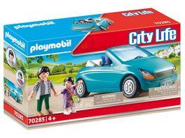 PLAYMOBIL 70285 City Life Papa und Kind mit Cabrio