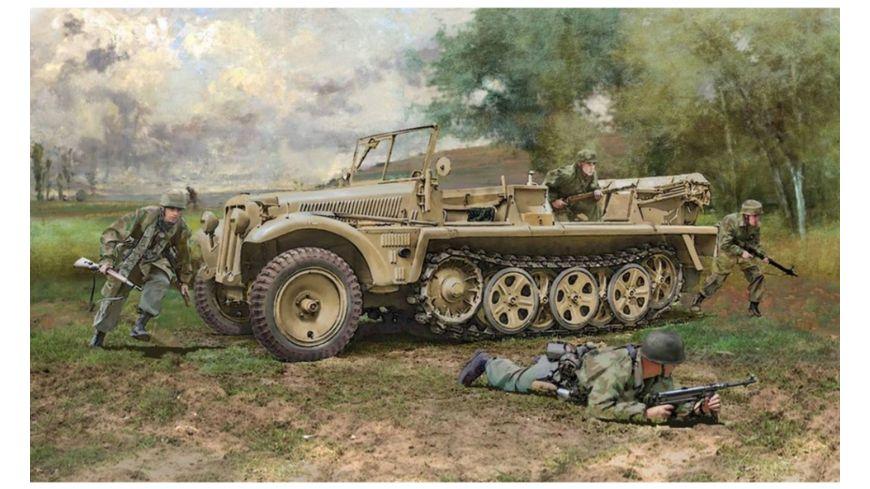 Italeri 510006561 - 1:35 Sd.Kfz.10 Demag D7 w/German Paratr.