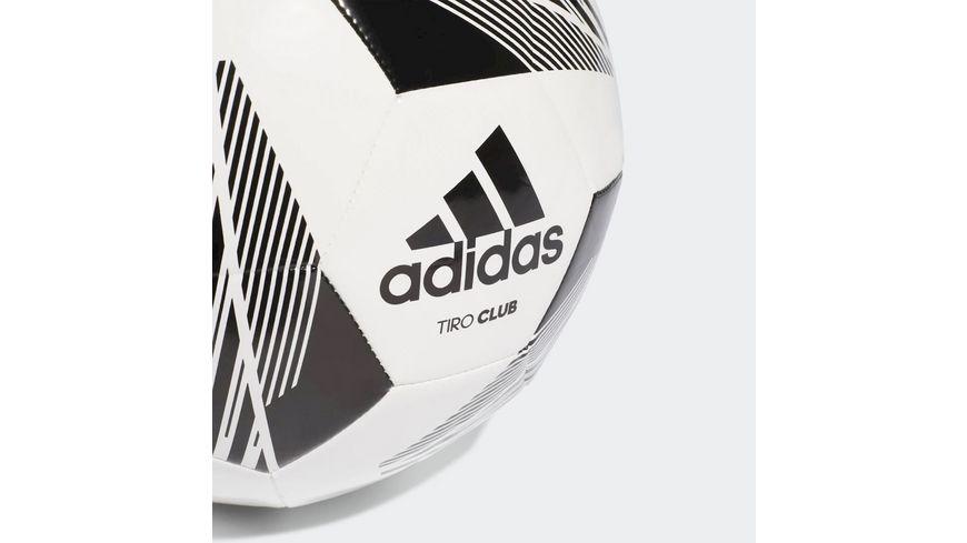 Adidas TIRO CLUB Trainings und Freizeitball in Groesse 5