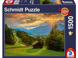 Schmidt Spiele Erwachsenenpuzzle Sonnenuntergang ueber dem Bergdorf Wamberg 1500 Teile