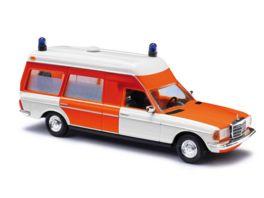 BUSCH 52201 H0 Mercedes VF 123 Miesen Krankenw d FW 52201