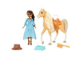 Spirit frei und ungezaehmt Miradero Festival Puppe Pru und Pferd Chica Linda