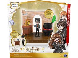 Spin Master Harry Potter Hogwarts Zaubertraenke Klassenzimmer Spielset mit exklusiver Harry Potte