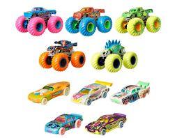 Hot Wheels Monster Trucks Multipack mit Leuchteffekt im Dunkeln 10 Fahrzeuge