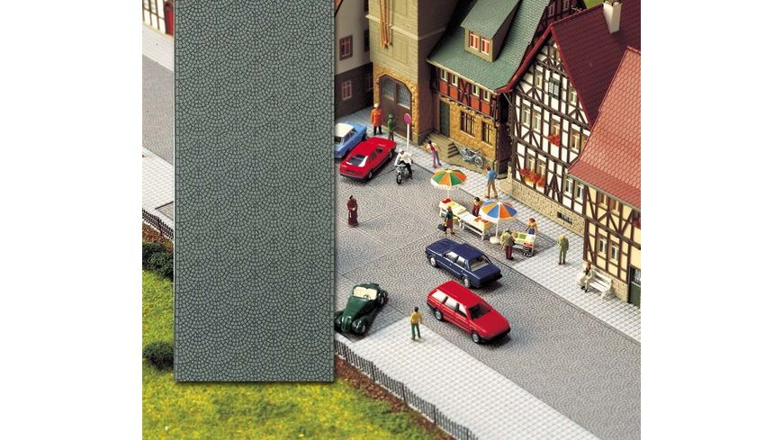 Busch Modellbahnzubehoer Altstadt Pflasterstrasse