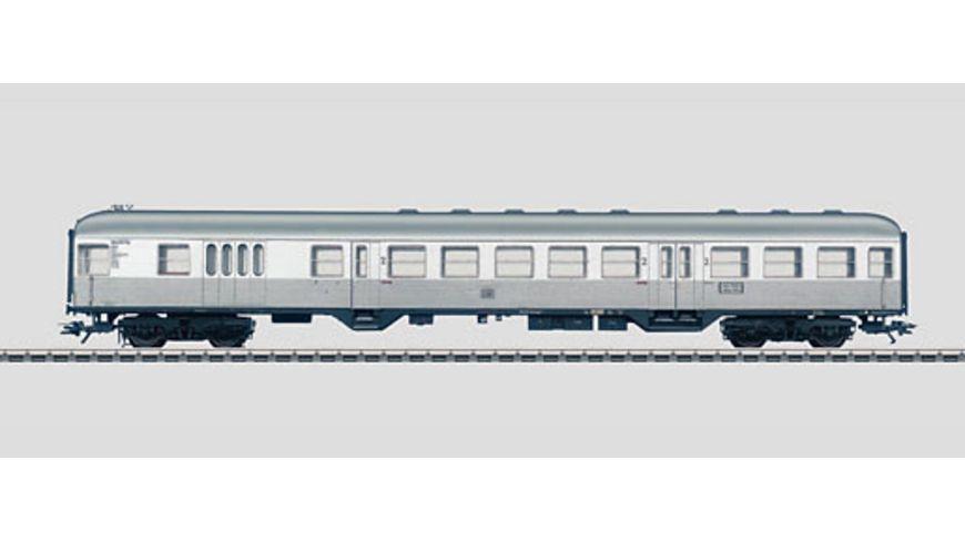 Maerklin 43820 H0 Steuerwagen 2 Klasse mit Gepaeckraum DB Bauart Silberling Ep III